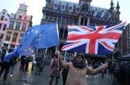 Brytyjczycy mieszkający w UE otrzymają FIZYCZNE DOKUMENTY, potwierdzające ich status po okresie przejściowym