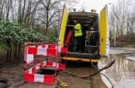 Zniszczenia powodziowe będą kosztować nawet £100 000 000 - i to w samej Walii, poinformował minister