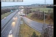 Kierowca ciężarówki... ZAWRACAŁ na ruchliwej autostradzie M6! Za wykonanie śmiertelnie niebezpiecznego manewru trafił do więzienia [wideo]