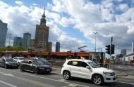 Powrót do PL: Jak się jeździ ANGLIKIEM po polskich drogach? Zobacz opinie tych, którzy wrócili