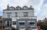"""Sunderland: Pijany mężczyzna imprezował w trzech pubach czekając na wynik testu. Teraz zostały zamknięte przez jego """"wystrzałowy wieczór"""""""