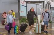 Każdy, kto o obowiązku kwarantanny w UK dowiedział się za granicą, powinien otrzymać Statutory Sick Pay. Rząd posłucha ekspertów?