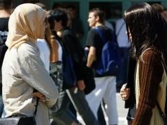 Polacy, jak muzułmanie - kogo bardziej NIENAWIDZĄ Brytyjczycy?
