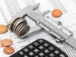 Ekspert radzi: z długów nie trzeba wychodzić latami