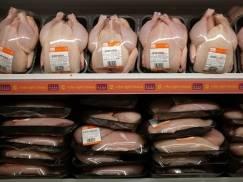 Te supermarkety nie będą sprzedawać chlorowanych kurczaków z USA. Robisz w nich zakupy?