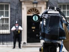 """Sfinalizowanie umowy z UE musi zostać wydłużone o 12 miesięcy! W przeciwnym razie UK grozi """"katastrofalny twardy Brexit"""""""
