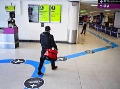 Przywrócenie kwarantanny w UK jest zbędne i wprowadza niepotrzebną panikę! – Krytycy nie zostawiają na decyzji rządu suchej nitki