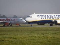 Easyjet, Jet2, Ryanair, British Airways i TUI informują, co przywrócona kwarantanna w UK zmienia dla podróżnych