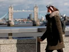 Londyn może zostać wkrótce objęty stopniem drugim zagrożenia. Liczba chorych drastycznie rośnie