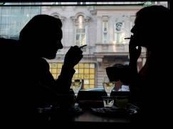 Dwóch Polaków przyłapano na próbie przemytu papierosów na lotnisku w Cork