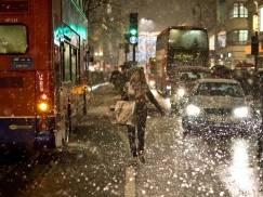"""Śnieg na Boże Narodzenie w UK - jakie są w tym roku szanse na """"białe święta""""?"""