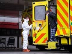 Ilość zakażeń koronawirusem w Anglii spadła o 30% - to efekt wprowadzenia drugiego lockdownu