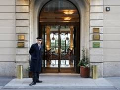 """Norwich: Pijany Polak narozrabiał w hotelu. Przed sądem twierdził, że to przez """"różową tabletkę"""""""