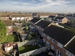 Lokatorzy mieszkań socjalnych żyją w zagrzybionych mieszkaniach, a władze lokalne nie reagują na ich apele