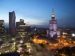 30 tys. zł kwoty wolnej od podatku w Polsce? To jedna z opcji rozważanych przez rząd