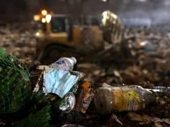 Polska śmietnikiem Wielkiej Brytanii - raport przygotowany przez Greenpeace nie pozostawia złudzeń