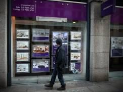 Rekordowa suma kredytów hipotecznych. Mieszkańcy UK na potęgę pożyczają na przeprowadzki i remonty