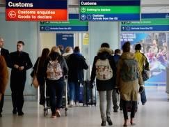 """SONDA """"Polish Express"""": Jak Polacy w UK oceniają zapowiedzi zmian brytyjskiej polityki imigracyjnej?"""