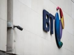Szybki internet za pół ceny dla osób na zasiłkach w UK. BT zaoferuje tanie światłowody