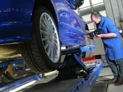 Ile kosztuje i jak przebiega przegląd techniczny w UK (MOT)? [WIDEO]