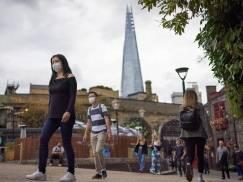 Kto zarabia więcej w UK - pracownicy sektora prywatnego czy publicznego? Oto najnowsze dane