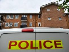 Ciało Polaka odkryto po trzech miesiącach od narzekania sąsiadów na nieznośny zapach dochodzący z mieszkania