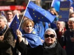 Ponad 500 000 obywateli UE jest niepewnych swojej przyszłości. Nadal oczekują na przyznanie prawa do pozostania w UK