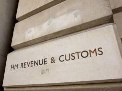 Dlaczego pracodawcy w UK nie płacą pracownikom minimalnej stawki National Minimum Wage? Oto najbardziej absurdalne wymówki