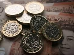 £20 dodatku do Universal Credit to dwie godziny pracy. Minister sugeruje, że można sobie zrekompensować stratę biorąc nadgodziny