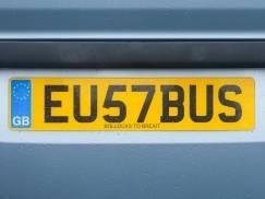 Nowe przepisy samochodowe dla osób podróżujących z UK do UE weszły w życie. Co się zmieniło?