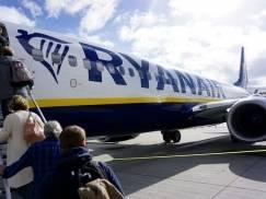 """Ryanair wprowadza restrykcje dla pasażerów i ostrzega: """"Będziemy przeszukiwać bagaże podręczne"""""""