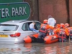 Londyn musi się przygotować na kolejne powodzie i ulewy - ostrzega dyrektor Thames Water