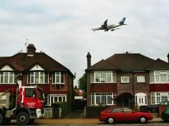 Oxfordshire: Sąsiedzkie utarczki skończyły się w sądzie. £100 000 odszkodowania zapłaci mężczyzna za zamontowanie monitoringu