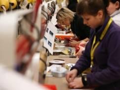 Amazon ostrzega kupujących, aby zamówili prezenty świąteczne już w listopadzie. Inaczej nie dostaną ich na czas