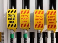 Ceny paliwa w UK zbliżają się do rekordowego poziomu. Powodem może nie być wcale paniczne tankowanie