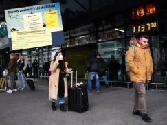 Zasady podróży z UK do Polski. Testy, kwarantanna, formularze - wszystko, co musisz wiedzieć przed wylotem