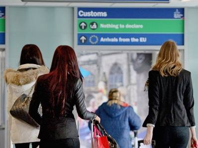 Granice UK staną się cyfrowe, a Home Office rozprawi się z nielegalną imigracją - Priti Patel zapowiada gruntowne reformy