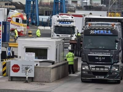 Bariery handlowe związane z Brexitem zwiększyły koszty dla importerów w UK o £600 mln w pierwszej połowie roku