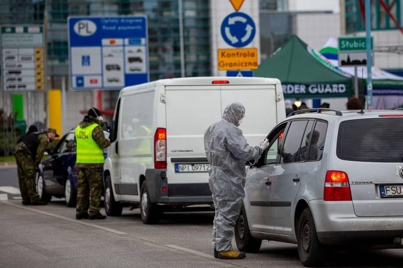 Jak wygląda przejazd przez polską granicę samochodem? Zobacz relację Polaka z UK