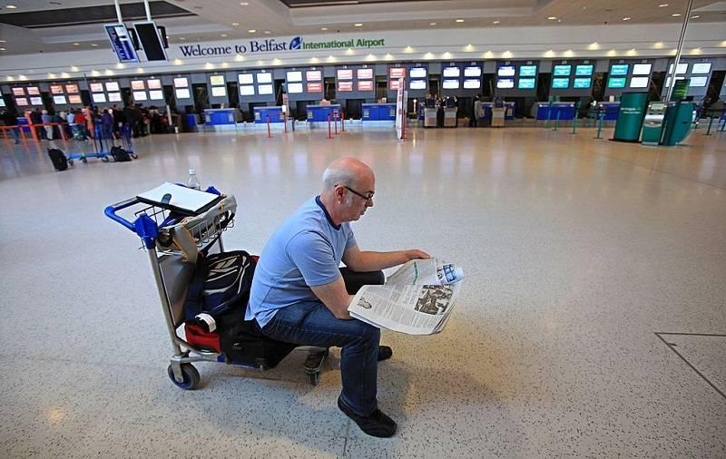Zbierane są zgłoszenia Polaków na lot czarterowy z Belfastu do Warszawy. Zobacz, na kiedy