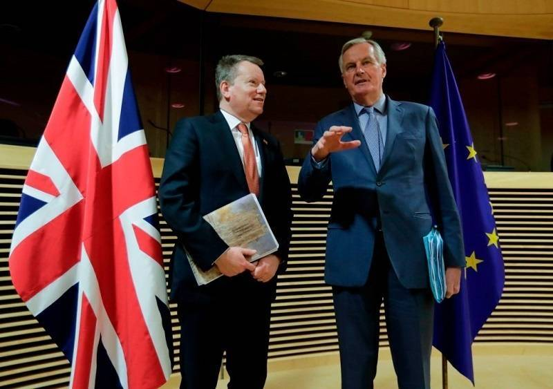 """Brexit: """"Bardzo niewielki postęp"""" został zrobiony podczas ostatnie tury rozmów na linii UK-UE."""
