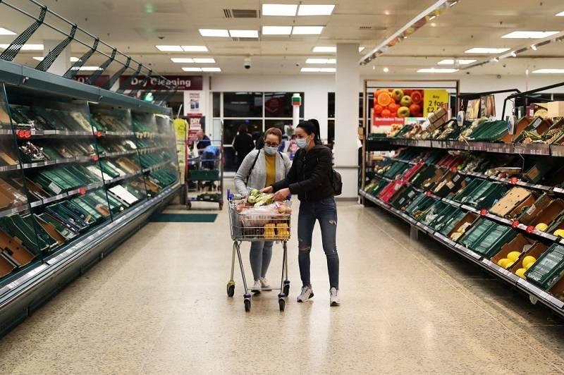 PILNE! Te produkty Tesco, Sainsbury's, Iceland, Asda i Co-op zostały wycofane ze sprzedaży z powodu zagrożenia dla zdrowia. Zobacz listę