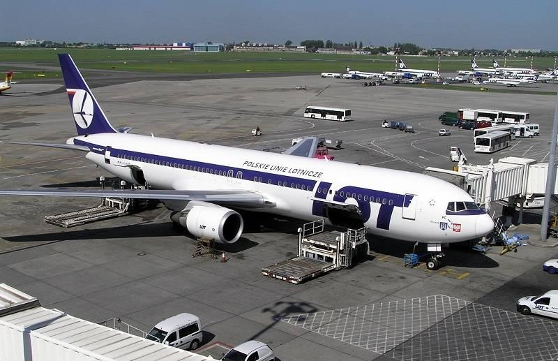 ZOBACZ jak wygląda latanie samolotem podczas pandemii [wideo]