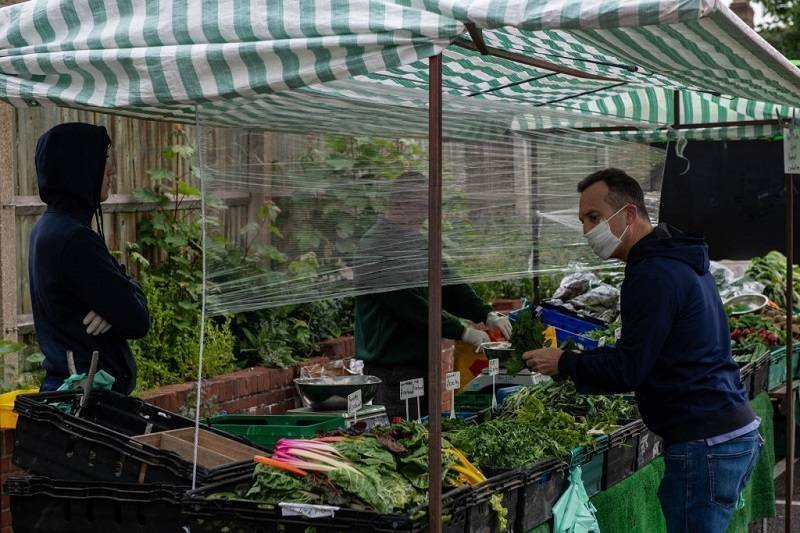 Jak zmieni się rynek pracy dla Polaków po lockdownie w UK?