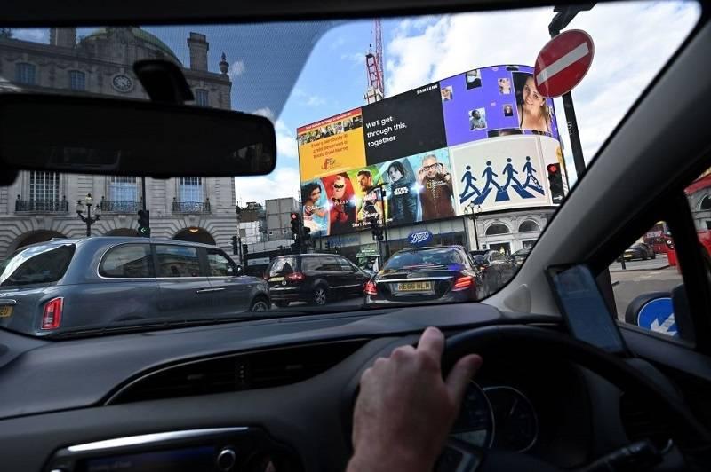 W Londynie ma się pojawić KOLEJNY podatek obciążający kierowców