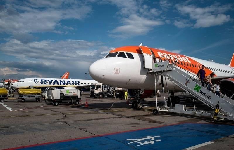 Dlaczego bilety na lot Ryanairem są takie tanie? Zdradzamy tajemnice tanich linii!