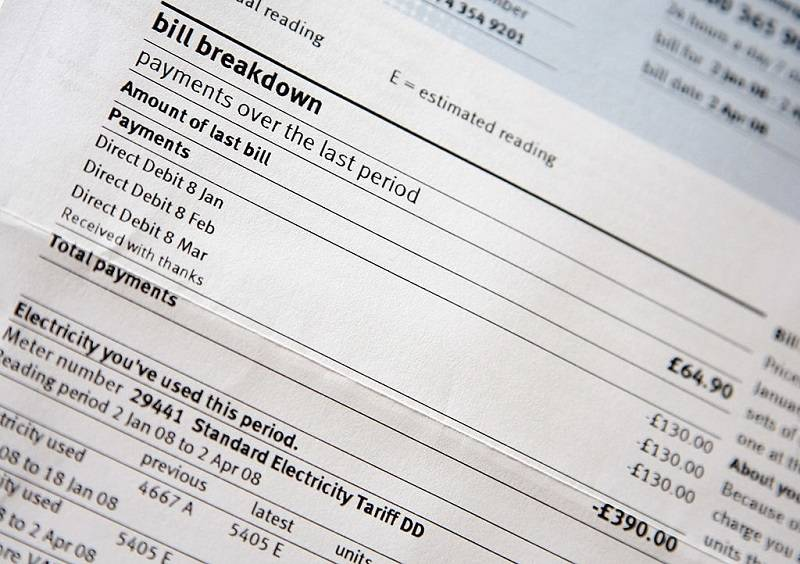 Rachunki za prąd i gaz w UK będę mniejsze nawet o 100 funtów rocznie