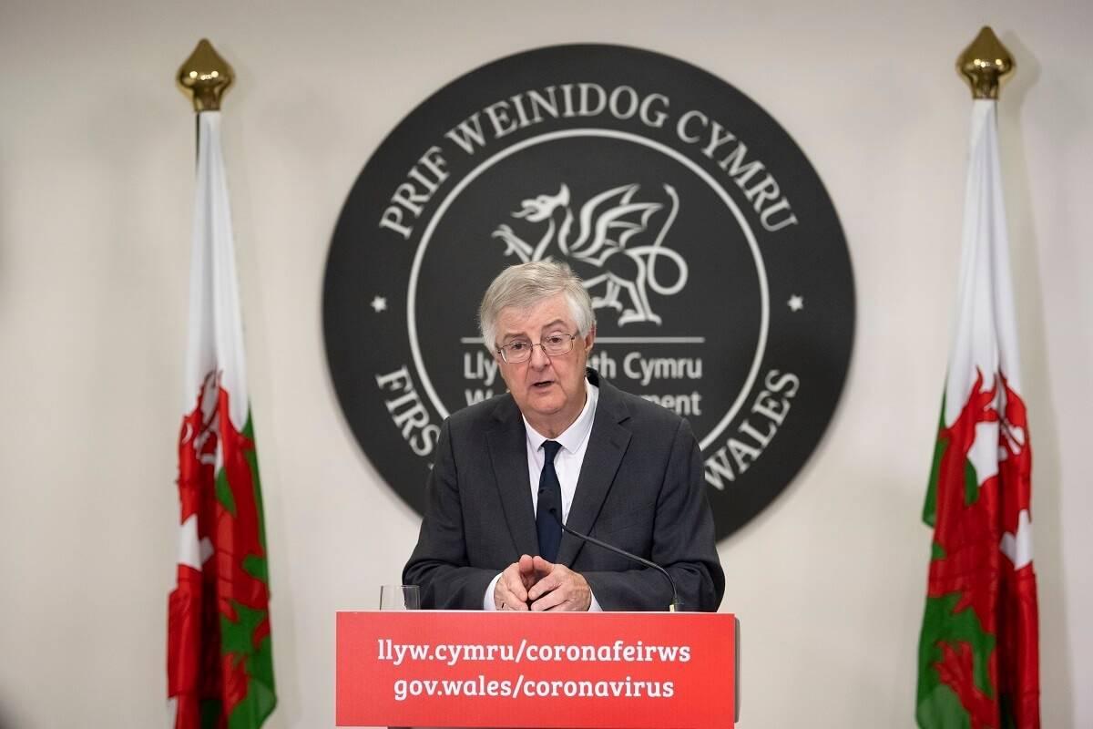 """""""Circuit breaker"""" oficjalnie ogłoszony w Walii. Podróże z niektórych rejonów Anglii zakazane"""