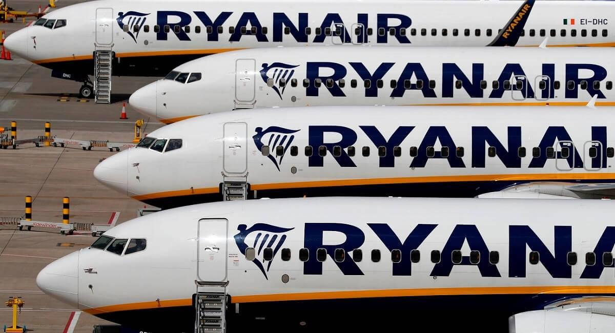 Ryanair zawiesza połączenia z ośmiu polskich lotnisk do UK i Irlandii