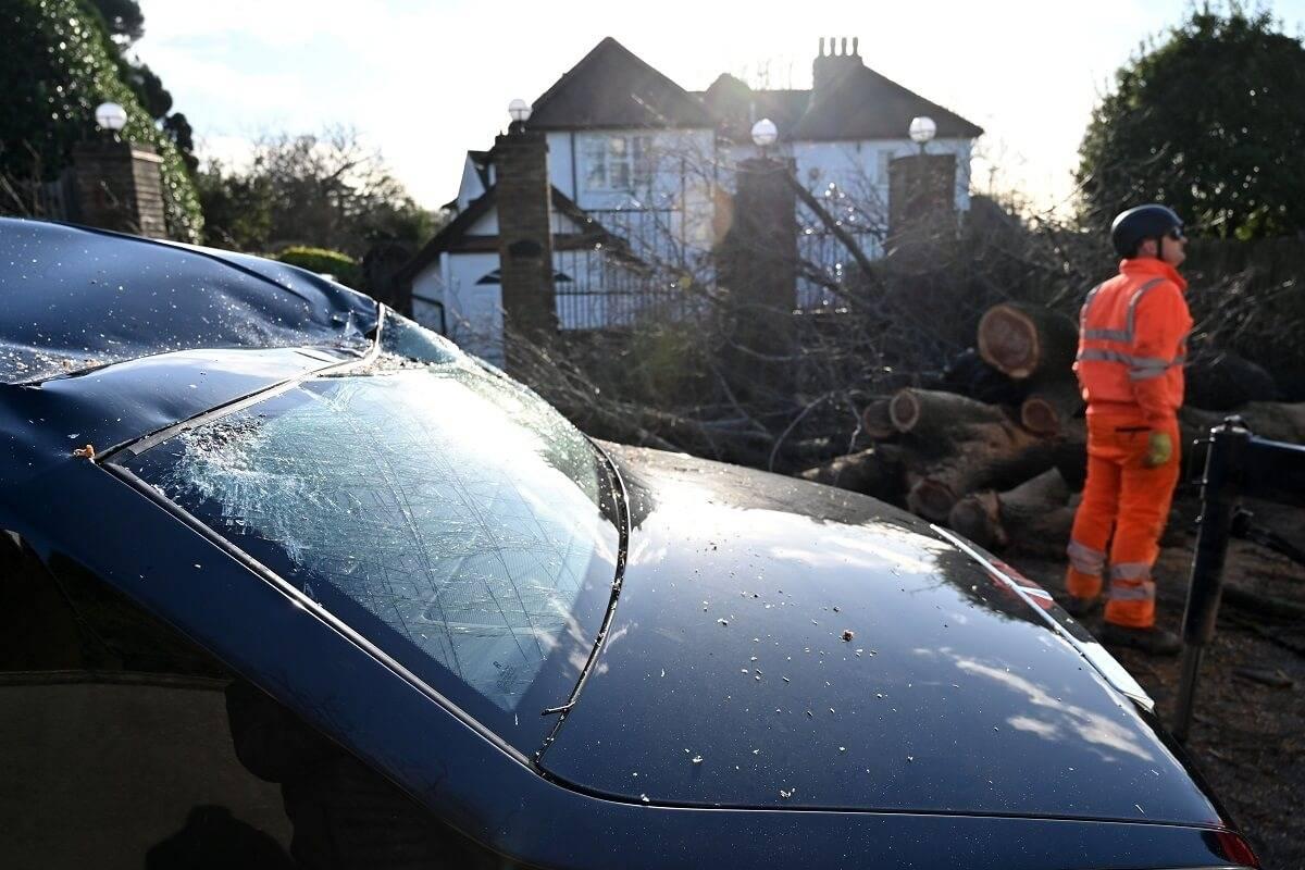 Nie wiesz, jakie wybrać ubezpieczenie samochodowe w UK? Pomoże ci w tym zespół niezależnych ekspertów
